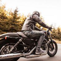 Conduite de la légendaire moto Harley Davidson